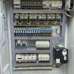 Шкаф управления 3 повысительными насосами с частотно-каскадным регулированием (1ЧП) и ШУН3П-РЛ-ХХ (IP54)1